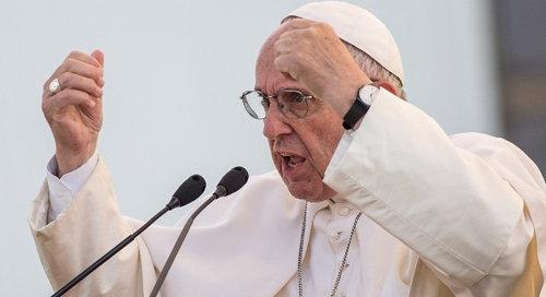 Antipapa Francesco dice che Iddio non può essere Dio senza l'uomo